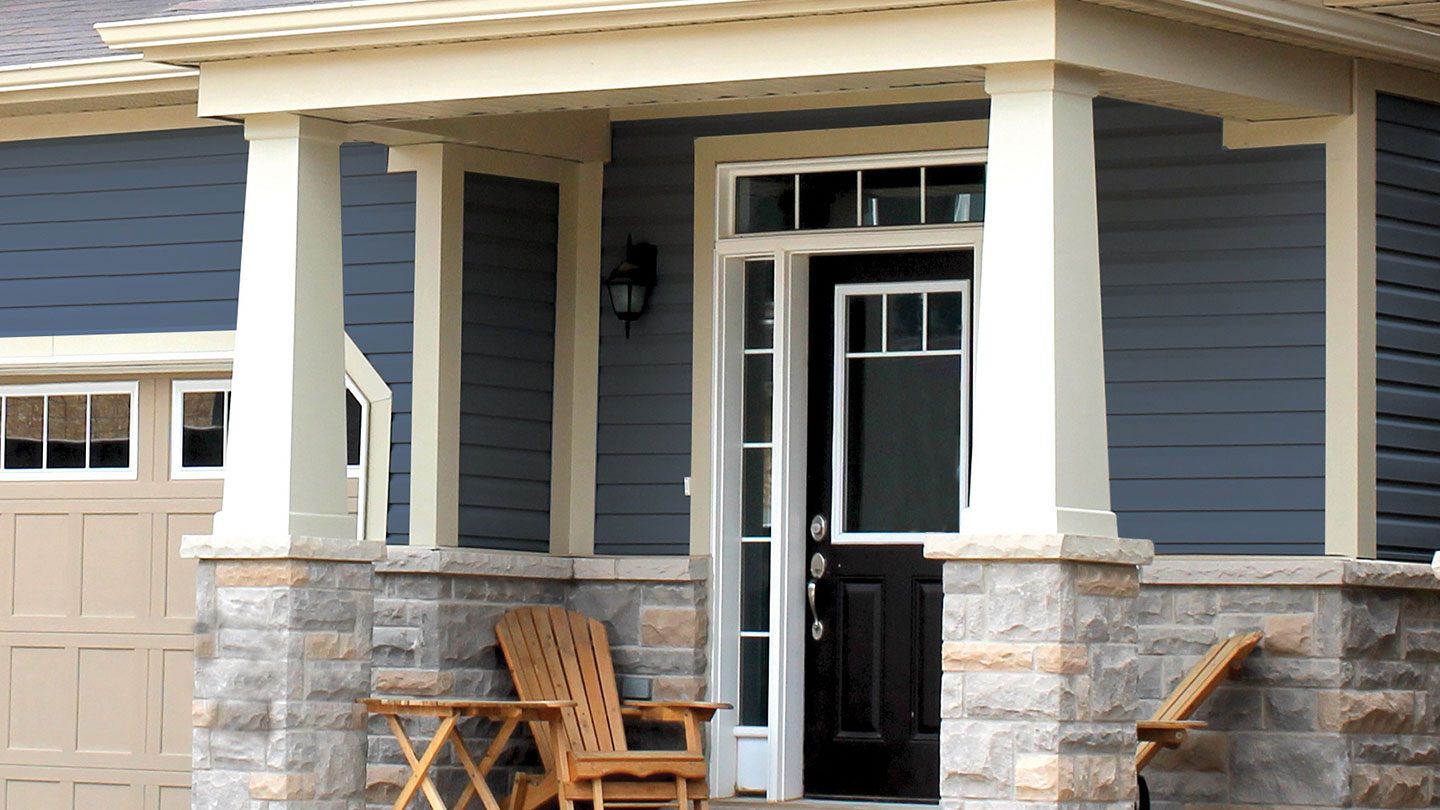 Porch with AZEK tapered columns